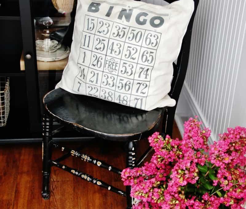 Bingo card pillow with flowers