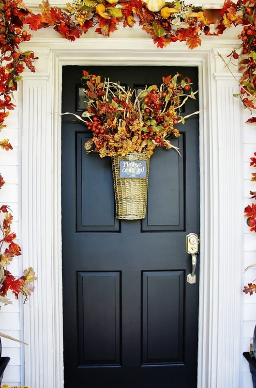 This autumn front door is easy to change out for the different holidays