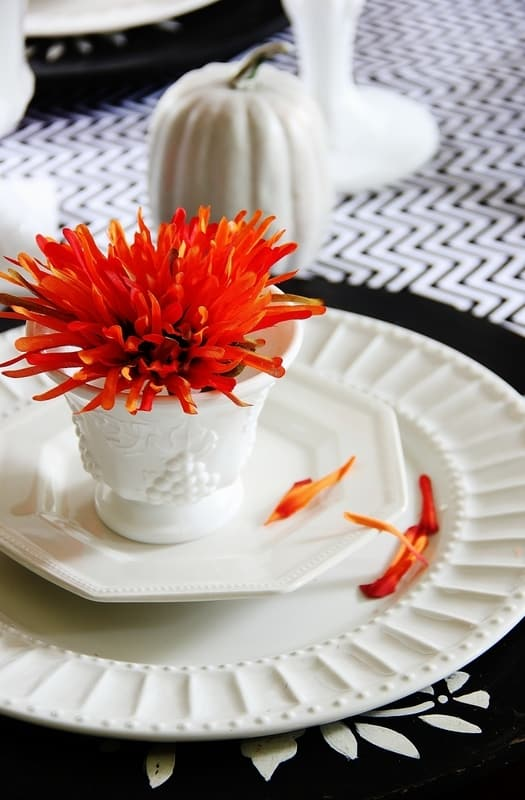 fall-tablescape-ideas-orange