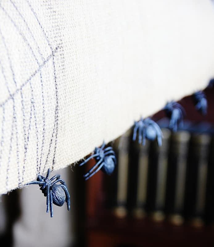 burlap-spider-web-table-runner-spiders