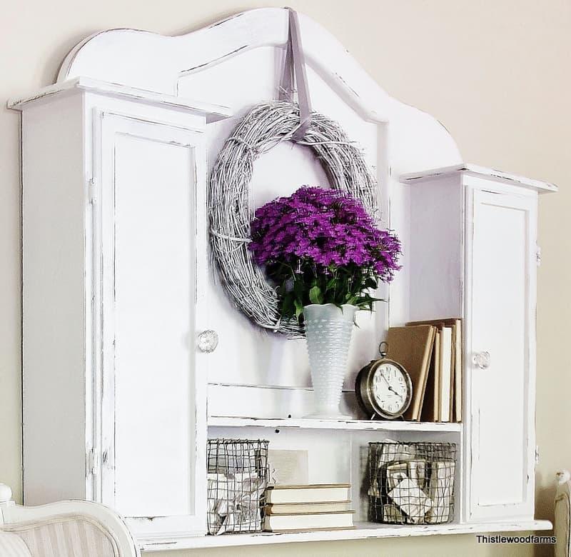 Distressed_White_Furniture