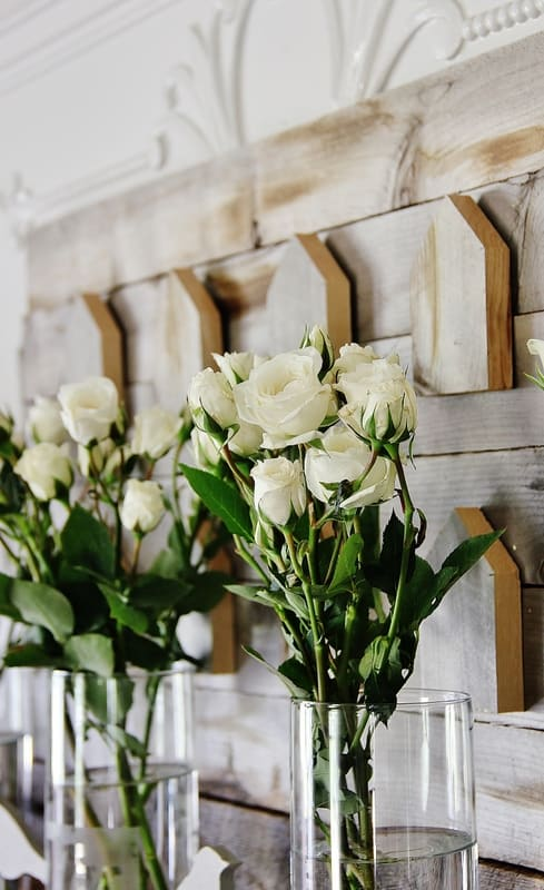 Spring-mantel-with-flowers