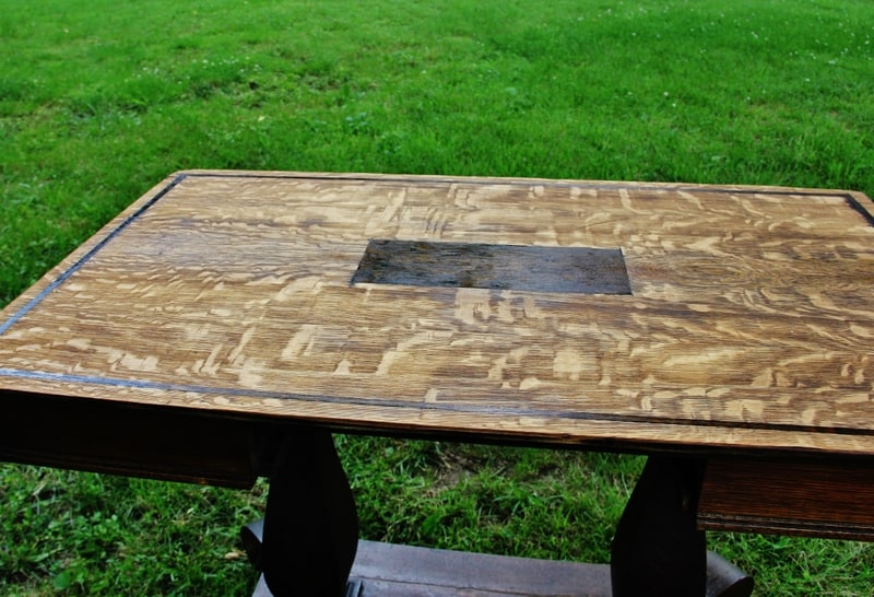 how-to-stain-a-table-top