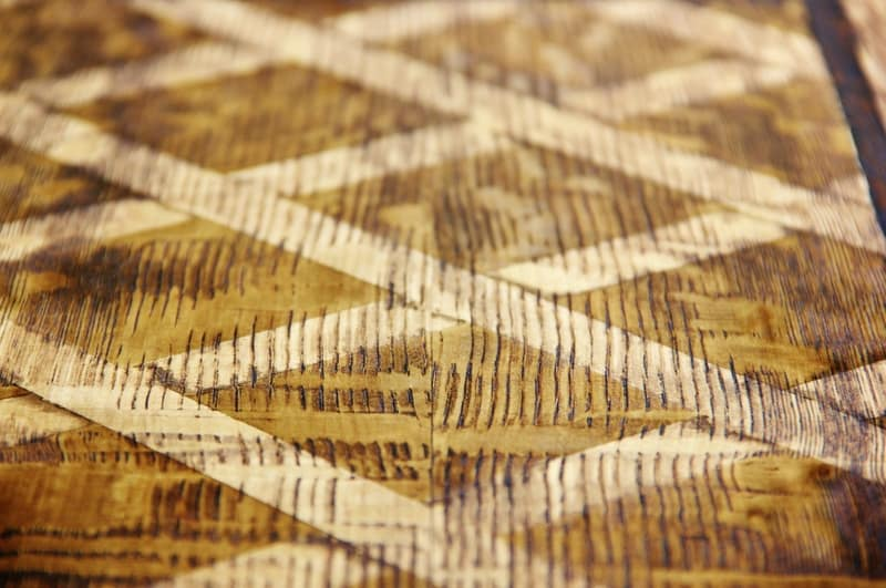 how-to-stain-faux-wood-pattern