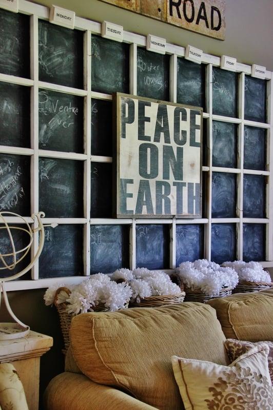 Peace-on-Earth-Family-Room
