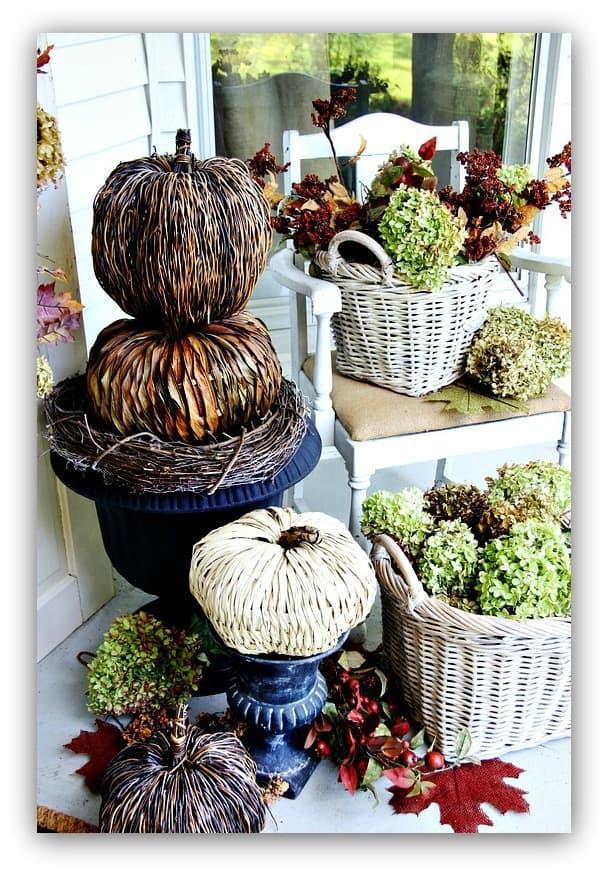 budget-fall-decorating-ideas-door-fall-home-tour