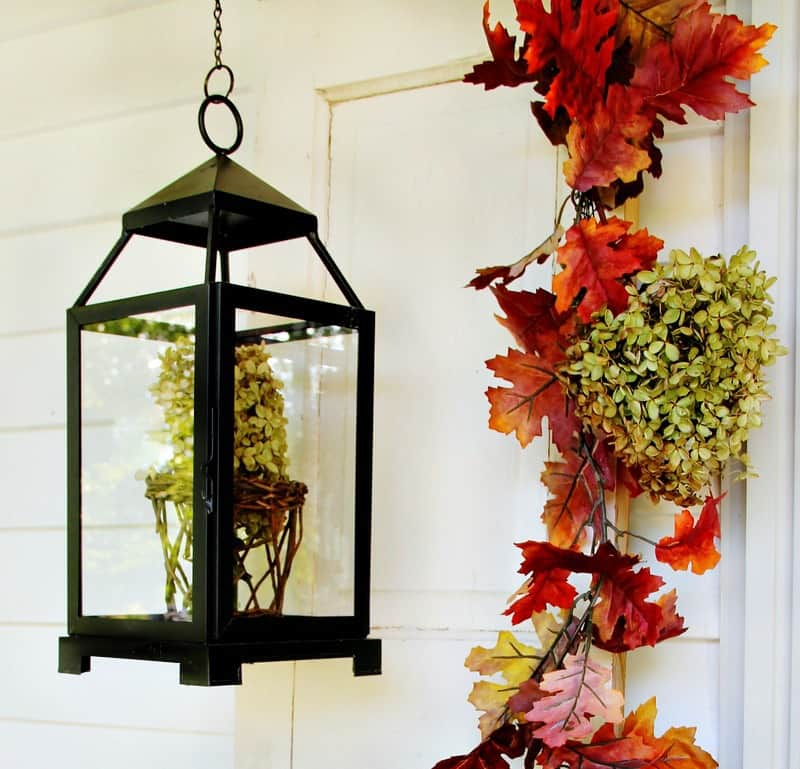 https://thistlewoodfarms.com/wp-content/uploads/2013/09/budget-fall-decorating-ideas-lantern.jpg