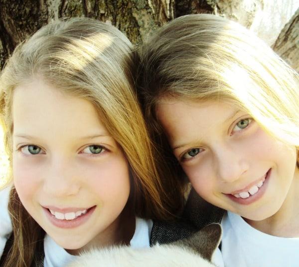 twins-fall