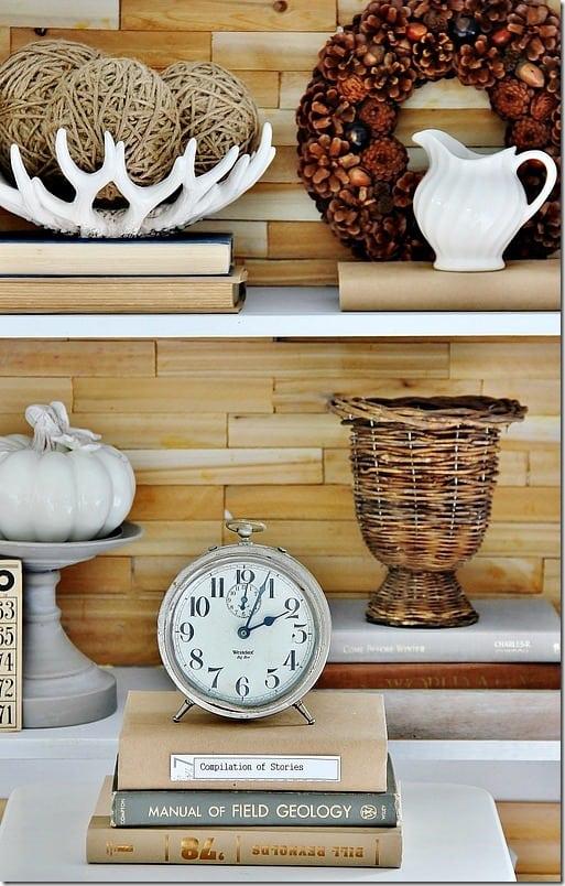 rustic-wood-bookcase-diy