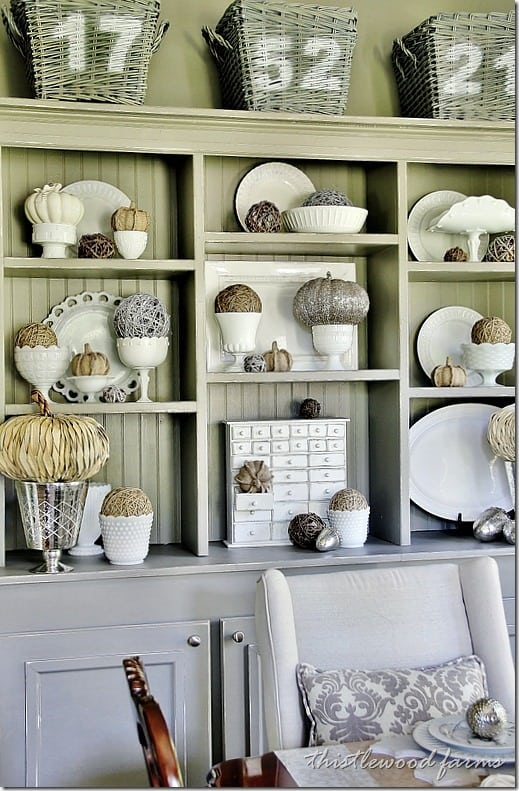 fall-decorating-ideas-for-the-dining-room-hutch-fall