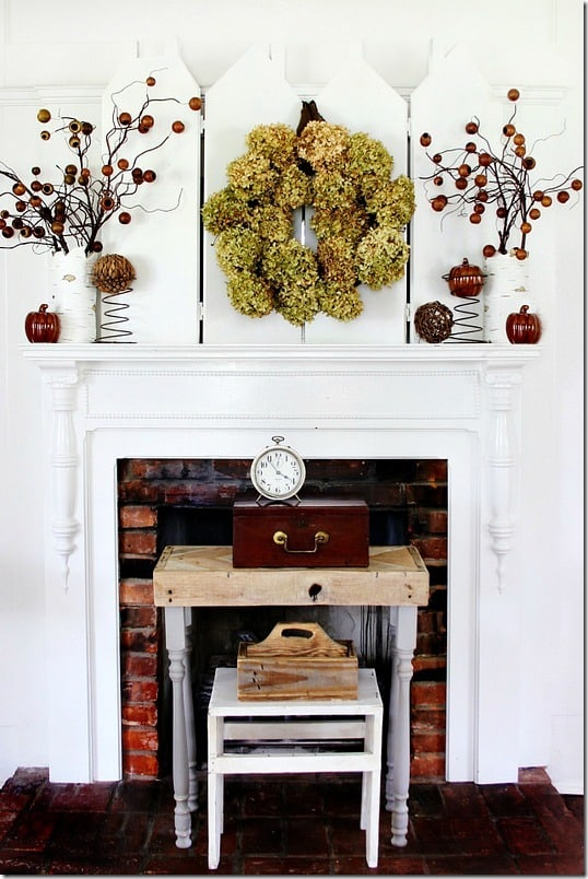 how-to-make-a-hydrangea-wreath-mantel
