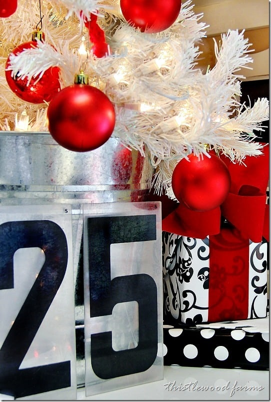 Christmas-decorating-numbers