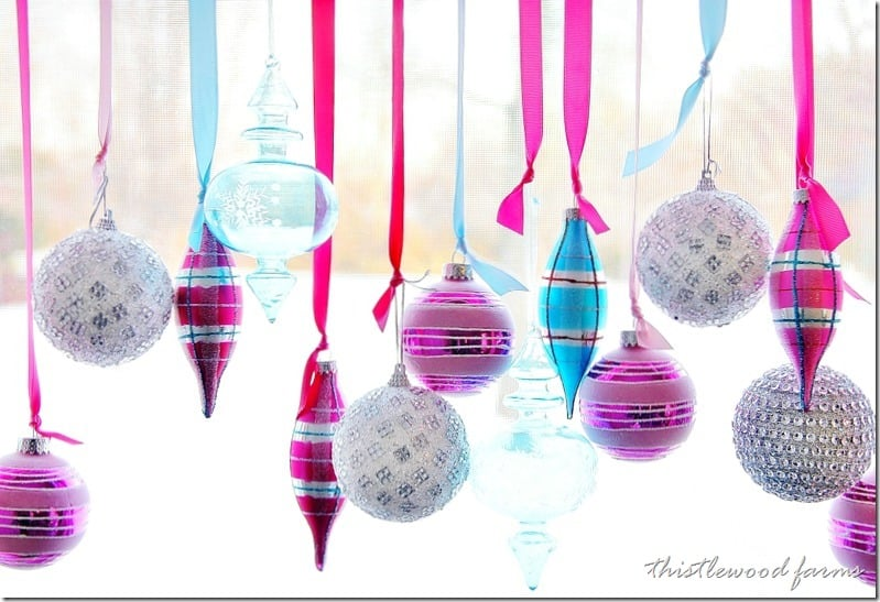 decorate-a-window-with-ornaments-project