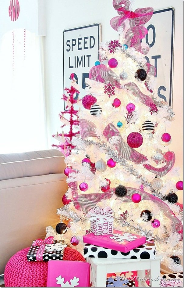 pink-and-blue-Christmas-tree