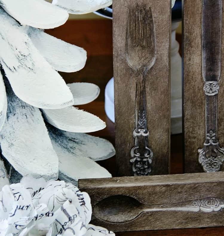 winter-decorating-silverware-mold