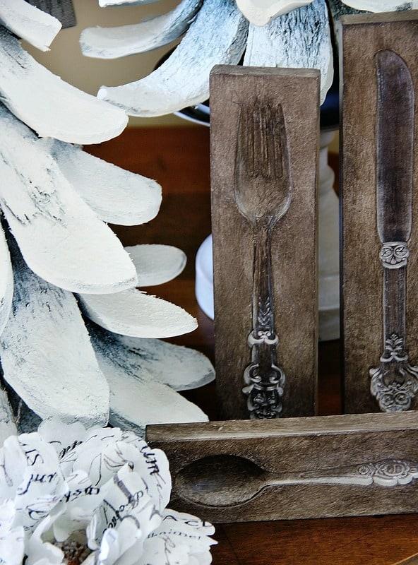 winter-decorating-silverware