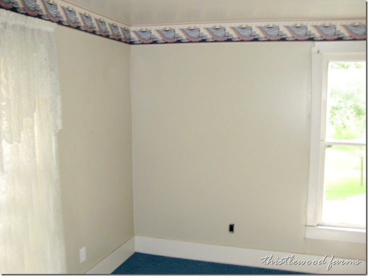 before-bedroom-upstairs