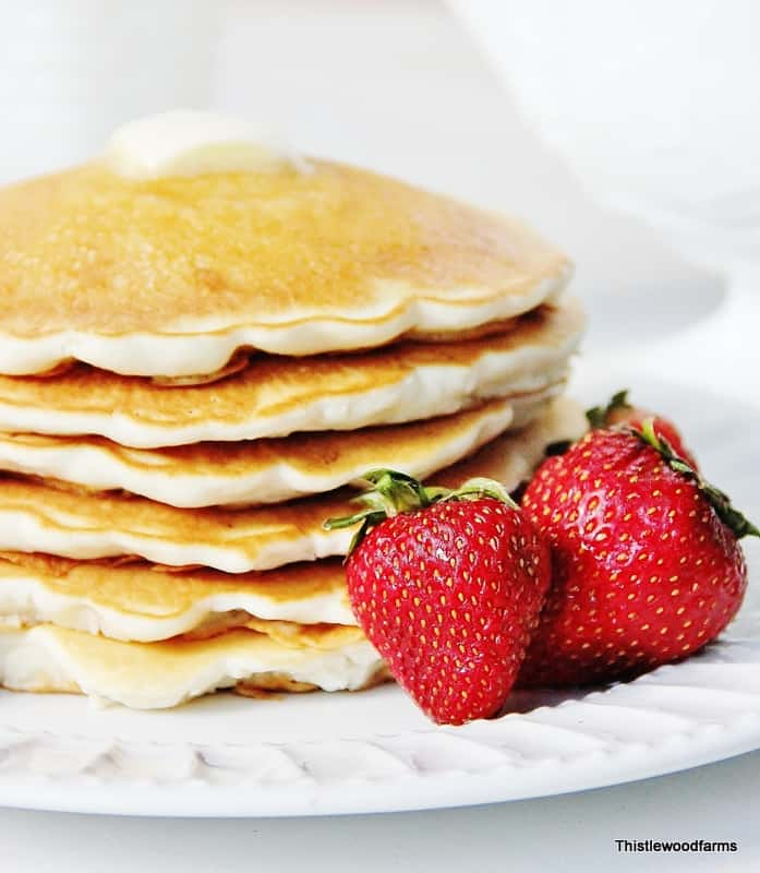 Pancakes_and_Strawberries