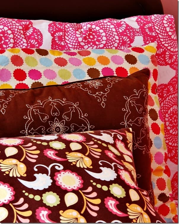 pink-and-brown-girls-room-fabric