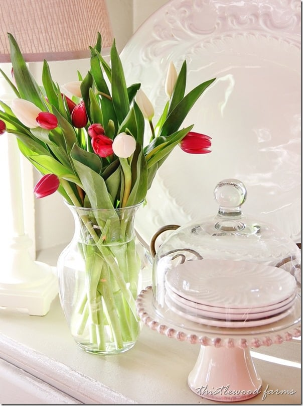 spring-decorations-thistlewood-tulips