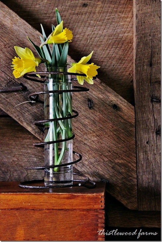 barnwood-and-flowers