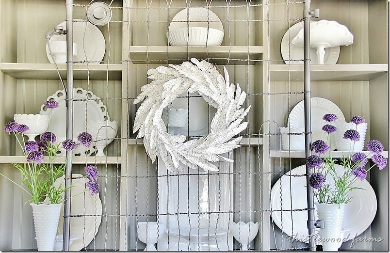 how-to-make-a-paper-feather-wreath-diy