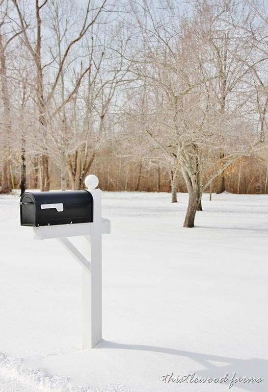 mailbox-winter-thistlewood.jpg