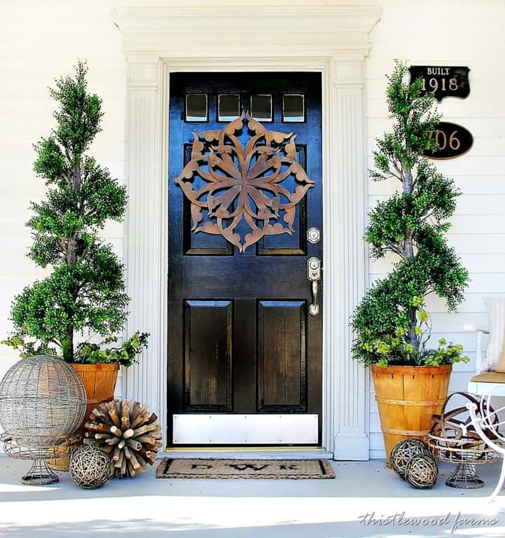 Country Front Door Decorations: Remodeling A Vintage Farmhouse In The