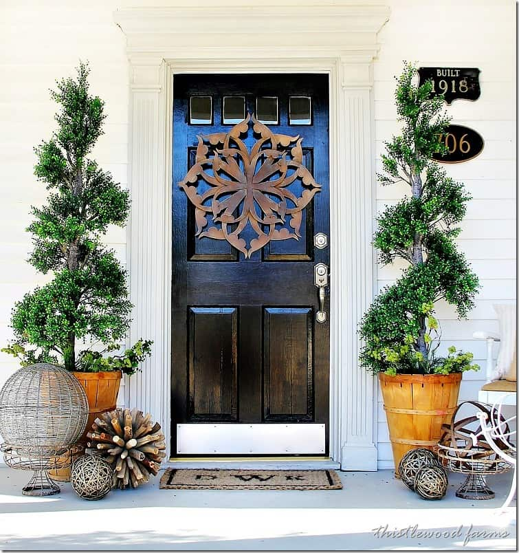 Trash to treasure almost spring door decorating for Front door ideas photos