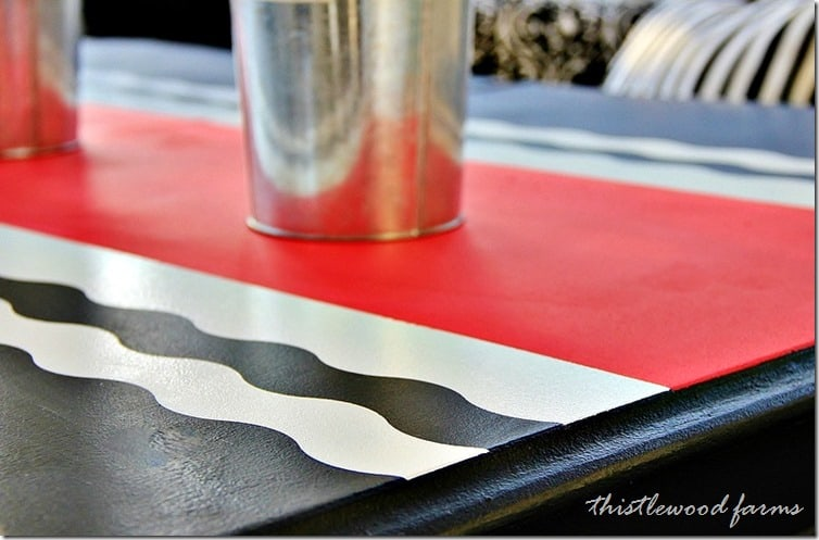 1painted-table-runner-waves
