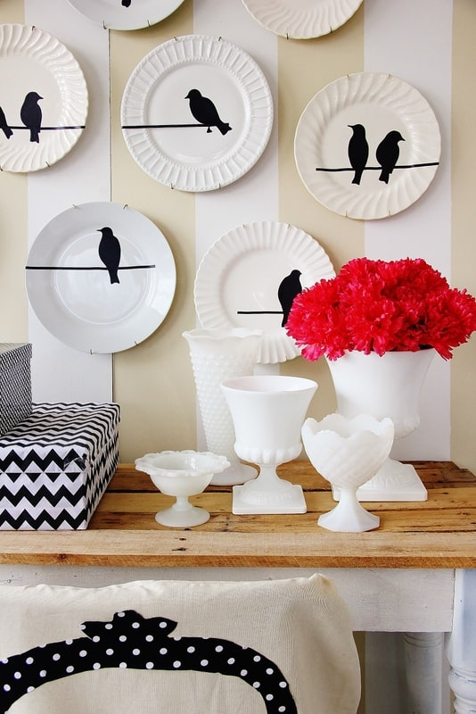 Plate-Wall-flowers
