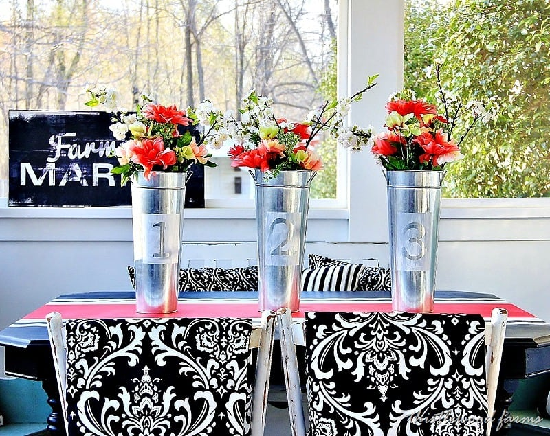 painted-table-runner-diy-project.jpg