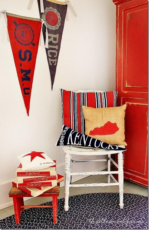 pennant-flag-pillow