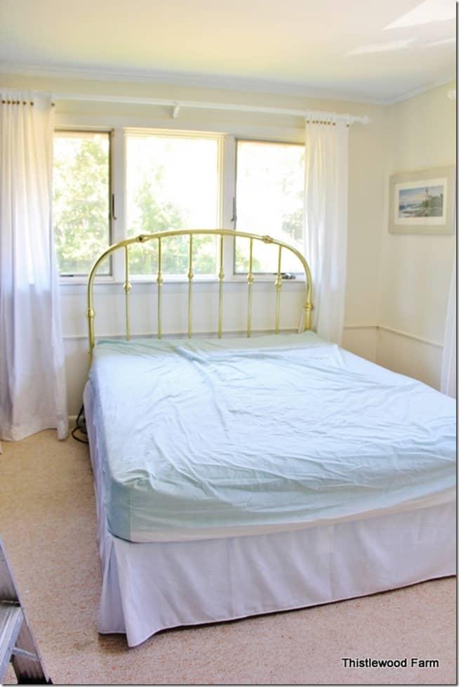 beach-inspired-bedroom