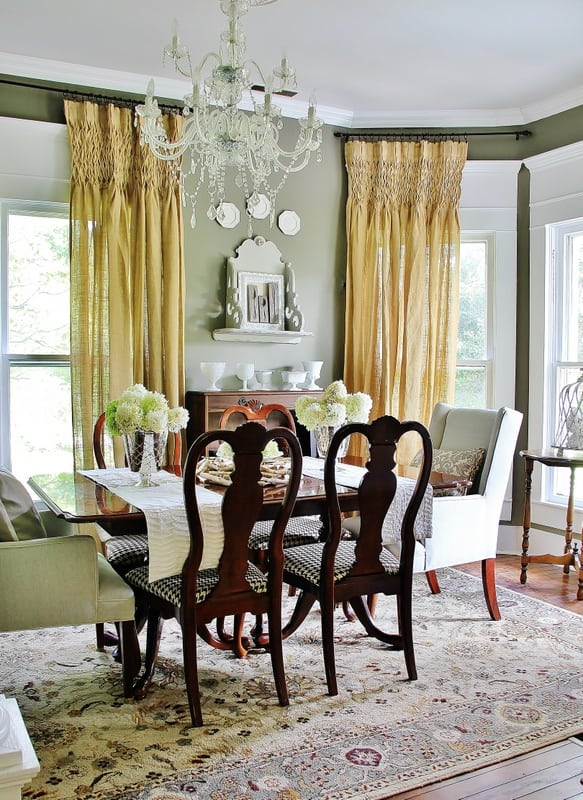 A well lit room like this dining room photographs beautifully.