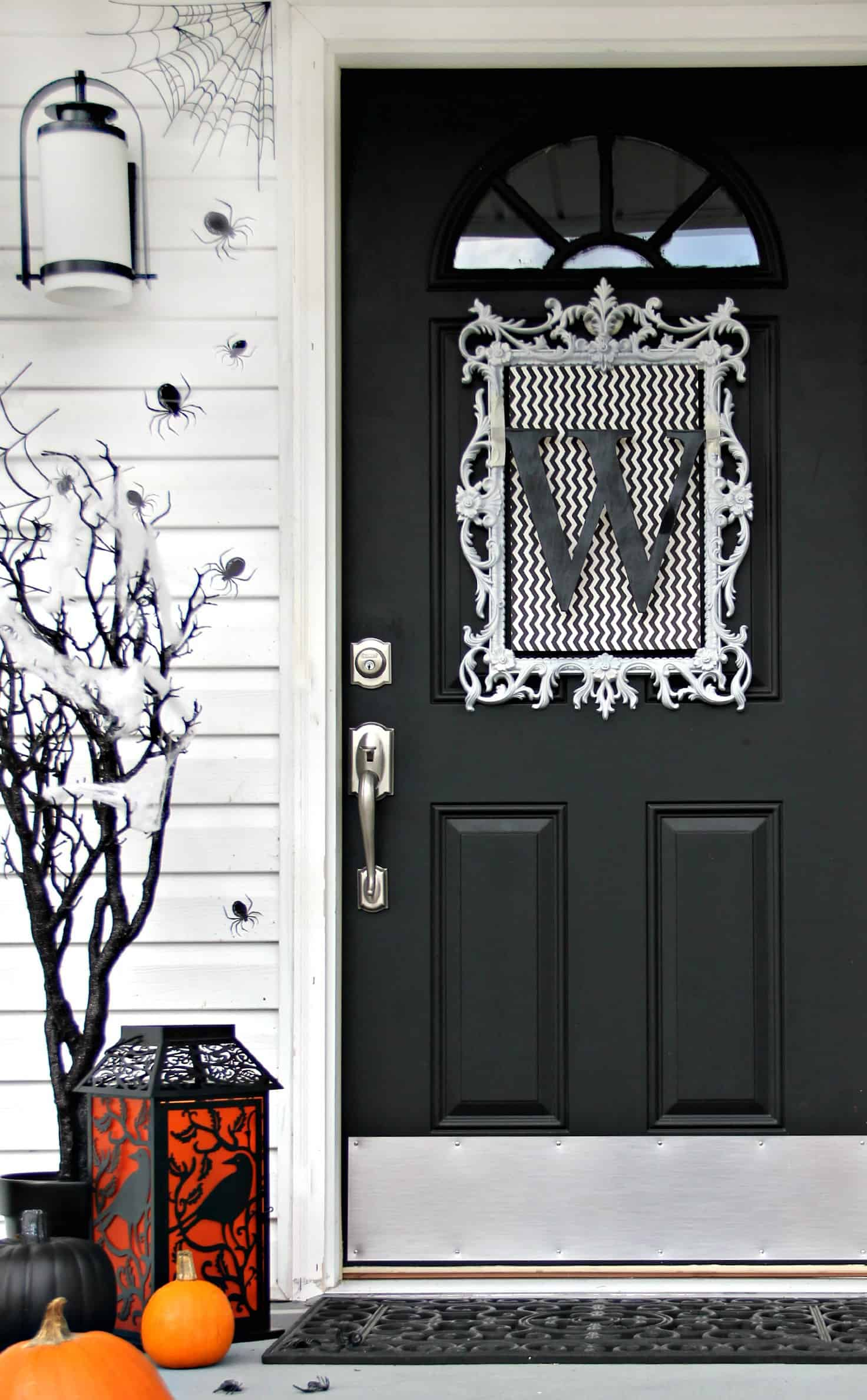 Four ideas for inexpensive halloween door decorations for Door decorating ideas