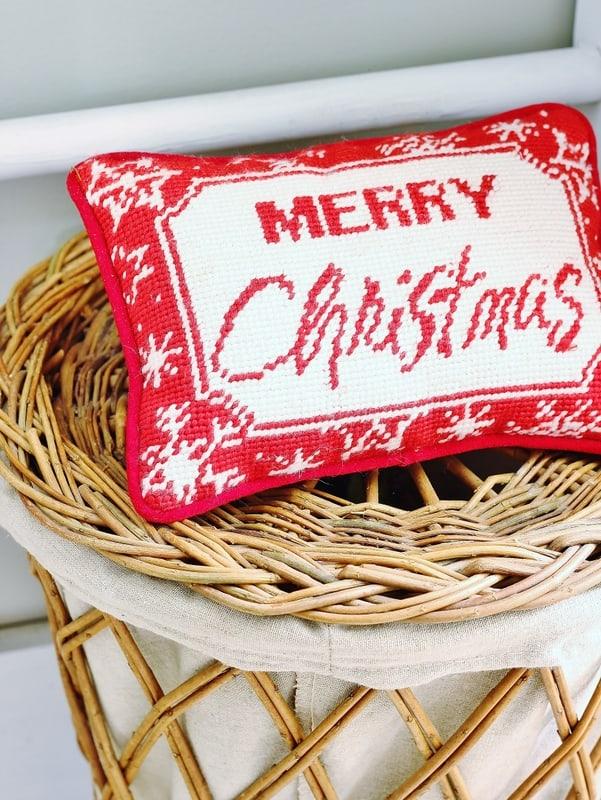 Christmas decorating Merry Christmas pillow