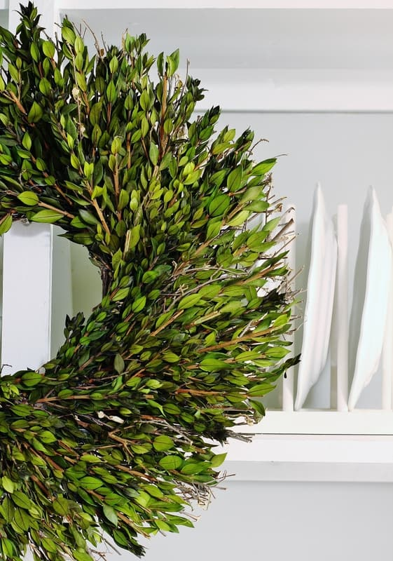 Christmas decorating butlers pantry boxwood wreath