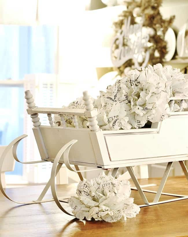 Christmas decorating ideas sleigh