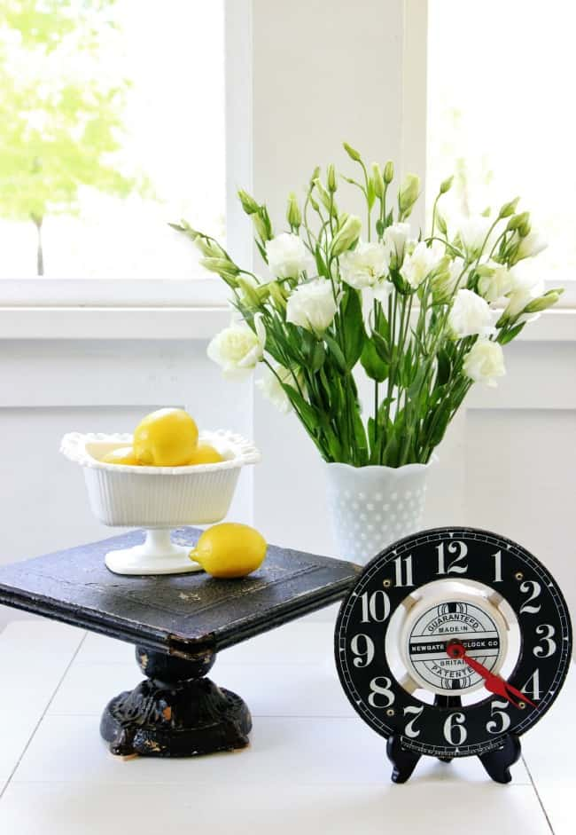 spring porch decorating flowers