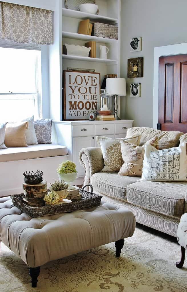 Family Room Wood Slice Centerpiece