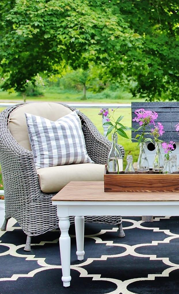 Farmhouse Table DIY Project