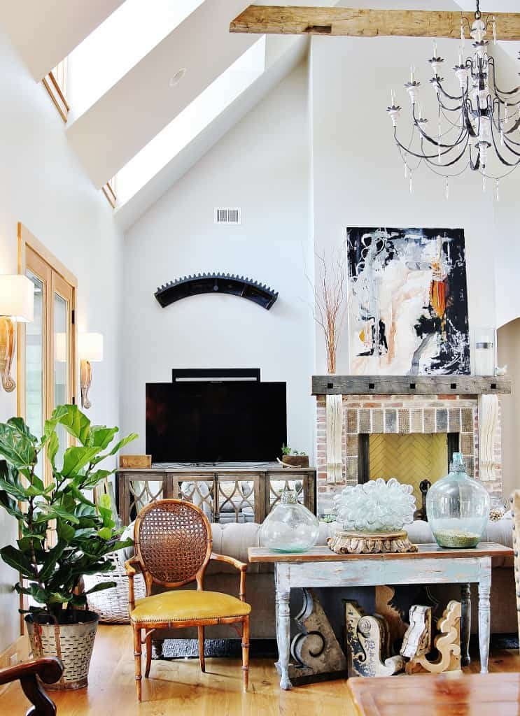 Best Of The Week 9 Instagrammable Living Rooms: A Tour Of A House Decorated With Sunshine