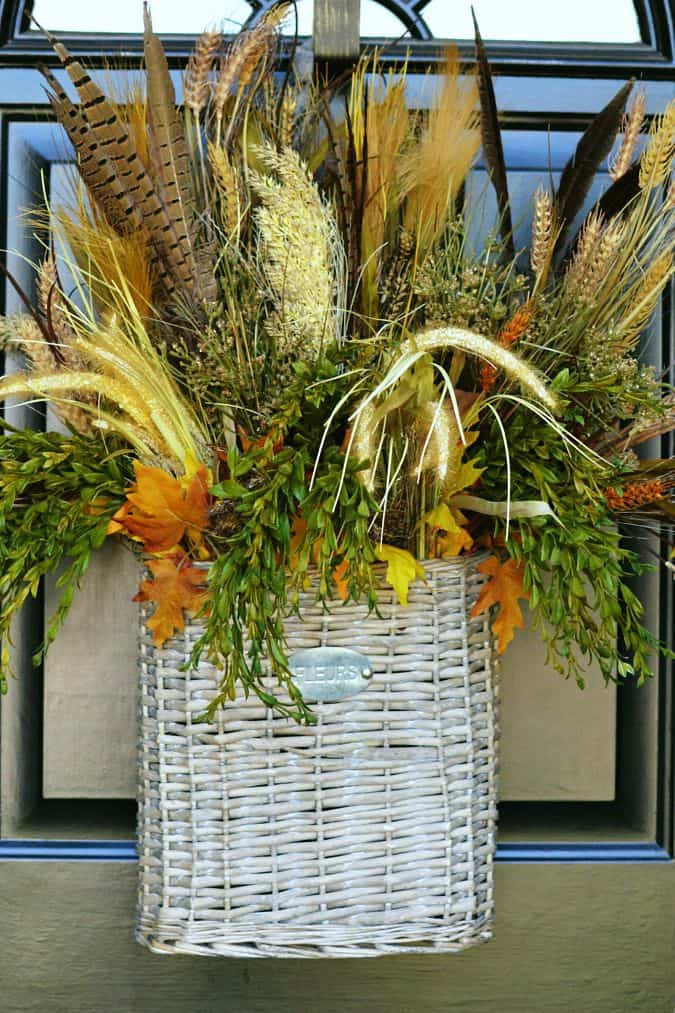 fall-front-door-decor-that-isnt-a-wreath-atthepicketfence.com_