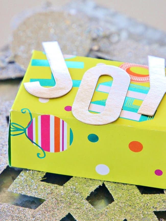 Christmas card Joy box