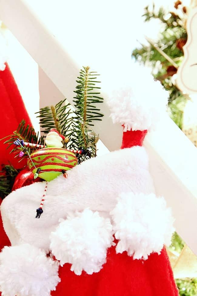 pom pom stocking diy project
