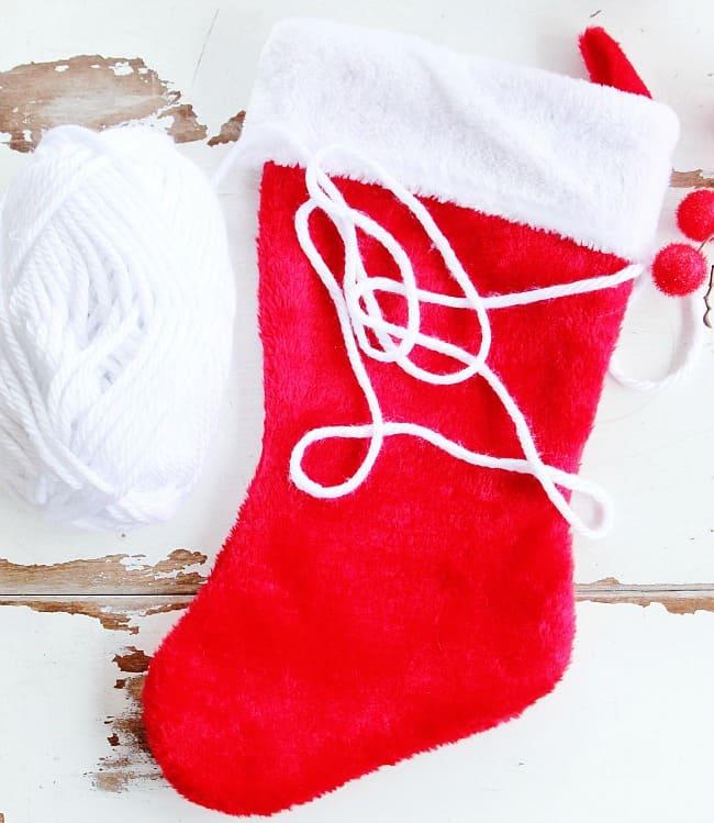 pom pom stocking project