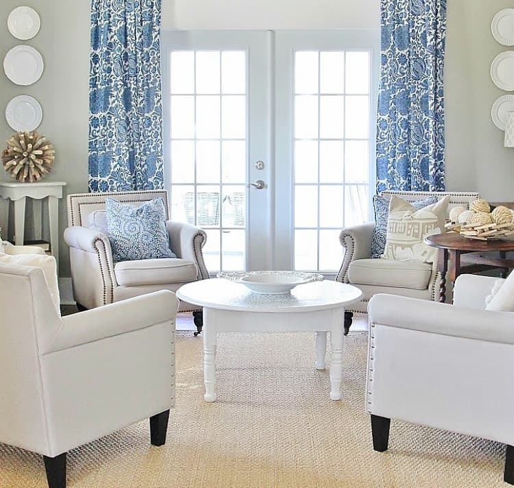 Simple Living Room Decorating Ideas: Simple Tip To Make Your Windows Appear Larger