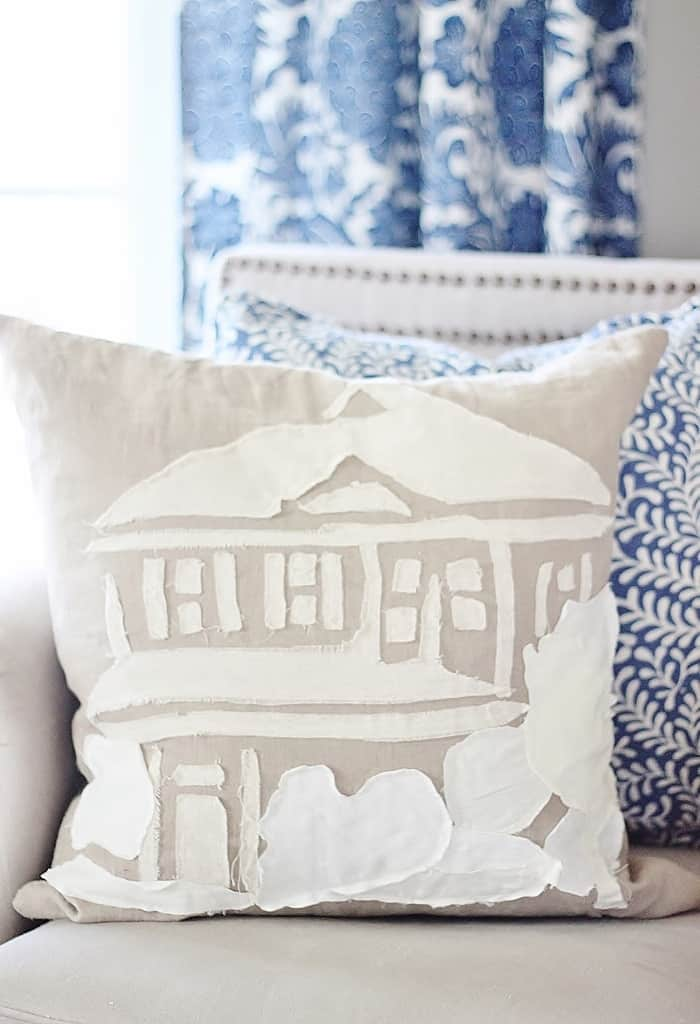Living Room Decorating with Pillows