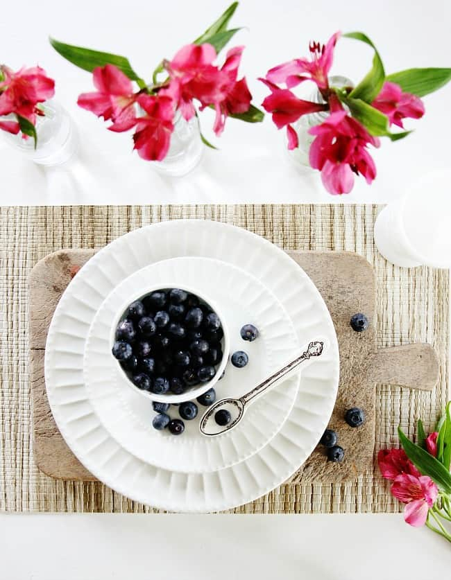 spring table setting blueberries